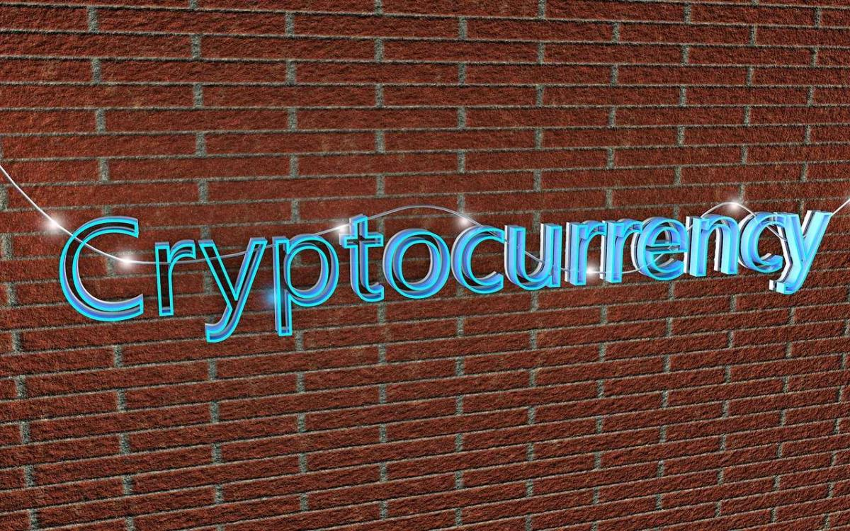 Bitcoin Futures ETFs: SEC Requests Comment